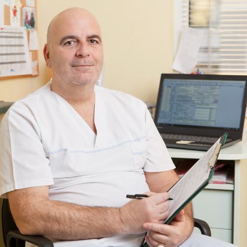 Д-р Емил Тилев