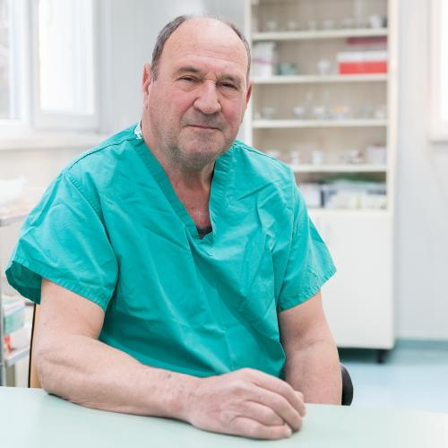 Д-р Иван Ников