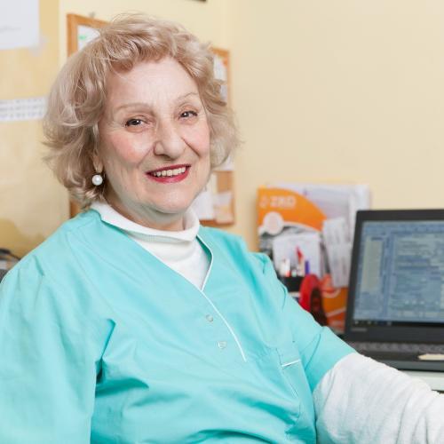 Д-р Мария Апостолова