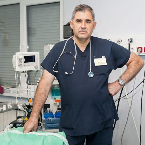 Д-р Иван Цолов