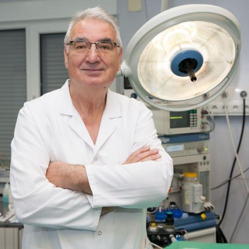 Доц. д-р Ангел Попхаритов